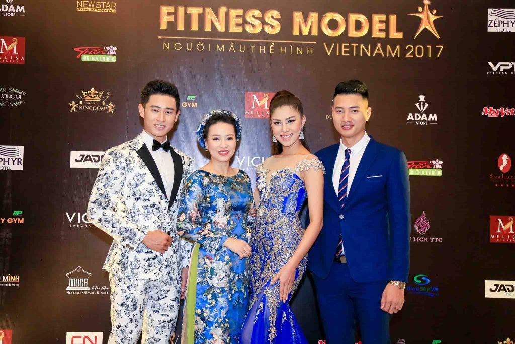 PENSILIA-DONG-HANH-CUNG-FITNESS-MODEL